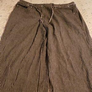 Larry Levine crop pants